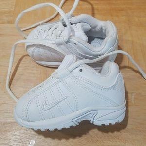 Baby Nike white